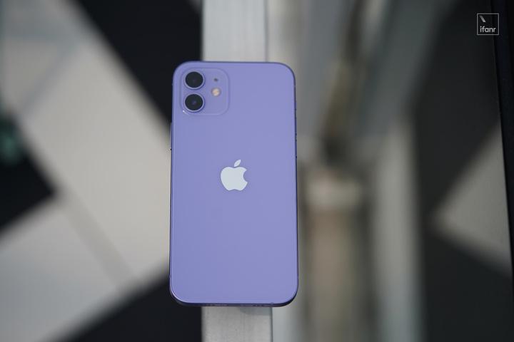 苹果为何半年后推出紫色 iPhone 12?